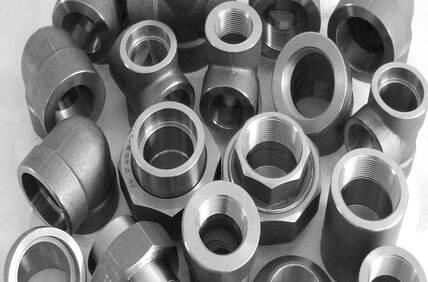 Alloy Steel Gr F11 Threaded Fittings